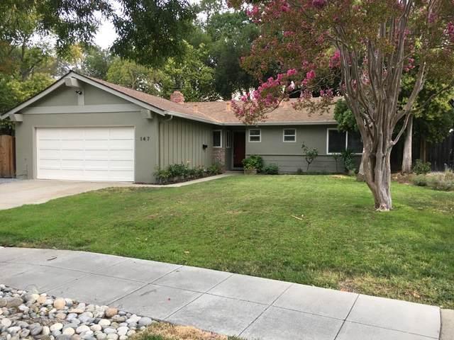 147 Highland Oaks Dr, Los Gatos, CA 95032 (#ML81855540) :: The Goss Real Estate Group, Keller Williams Bay Area Estates