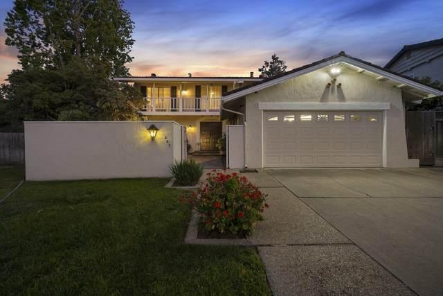 882 Lavender Dr, Sunnyvale, CA 94086 (#ML81855787) :: Alex Brant