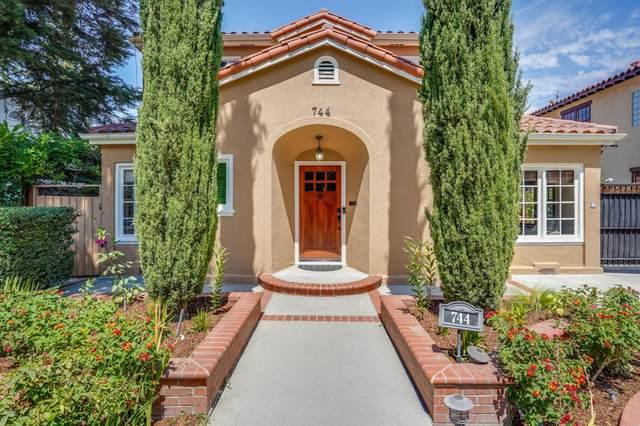 744 Chapman St, San Jose, CA 95126 (#ML81855814) :: Olga Golovko