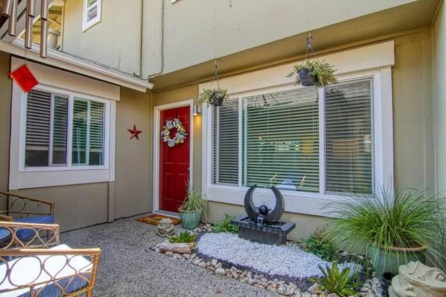 19316 Creekside Cir, Salinas, CA 93908 (#ML81856088) :: Strock Real Estate