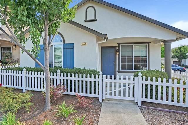 12778 Rogge Village Loop, Salinas, CA 93906 (#ML81856430) :: The Gilmartin Group