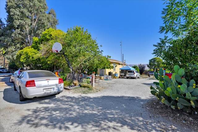 14514 Crowner Ave, San Martin, CA 95046 (#ML81859171) :: The Realty Society