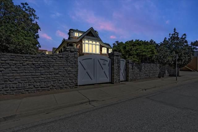 85 Clarendon Rd, Pacifica, CA 94044 (#ML81859579) :: Intero Real Estate