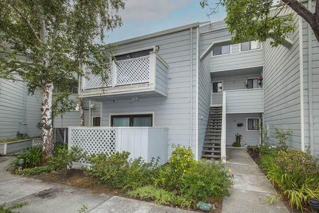 2601 Willowbrook Ln 6, Aptos, CA 95003 (#ML81860436) :: Schneider Estates