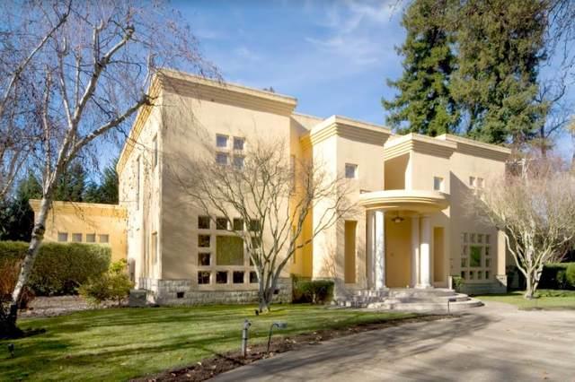 2 Homs Ct, Hillsborough, CA 94010 (#ML81861588) :: The Kulda Real Estate Group