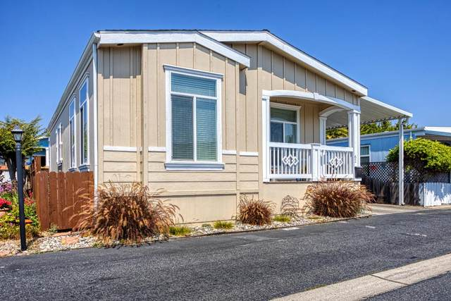 1099 38th Ave 62, Santa Cruz, CA 95062 (#ML81861881) :: Schneider Estates