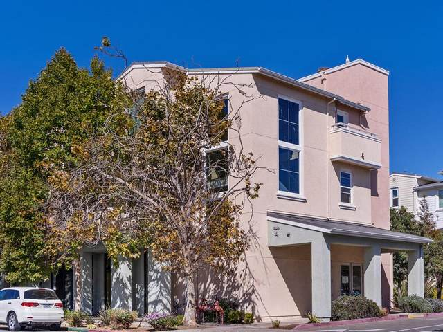 1066 41st Ave A302, Capitola, CA 95010 (#ML81862307) :: Schneider Estates