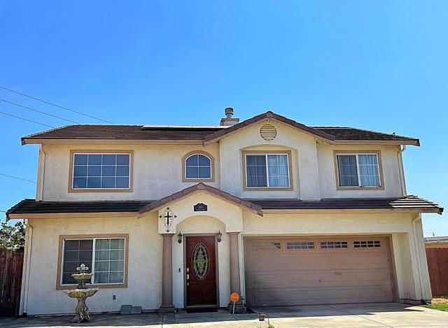 920 Peverini St, Soledad, CA 93960 (#ML81863336) :: The Sean Cooper Real Estate Group