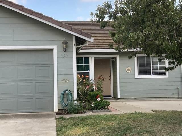 950 La Mancha Way, Salinas, CA 93905 (#ML81863472) :: The Kulda Real Estate Group