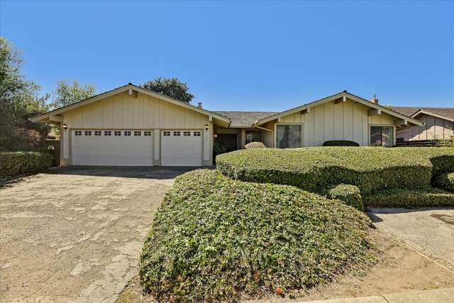 2057 Bordeaux Ln, Half Moon Bay, CA 94019 (#ML81863881) :: The Kulda Real Estate Group