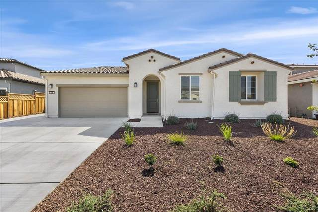 20 Hospital Rd, Hollister, CA 95023 (#ML81863900) :: Real Estate Experts