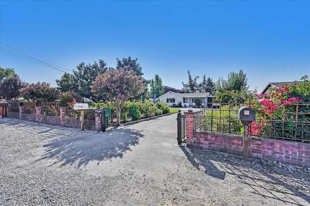 240 E San Martin Ave, San Martin, CA 95046 (#ML81863951) :: Live Play Silicon Valley