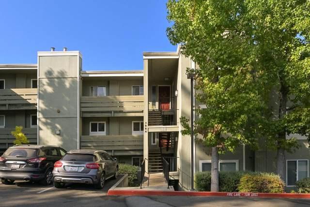 4004 Farm Hill Blvd 206, Redwood City, CA 94061 (#ML81864167) :: The Sean Cooper Real Estate Group