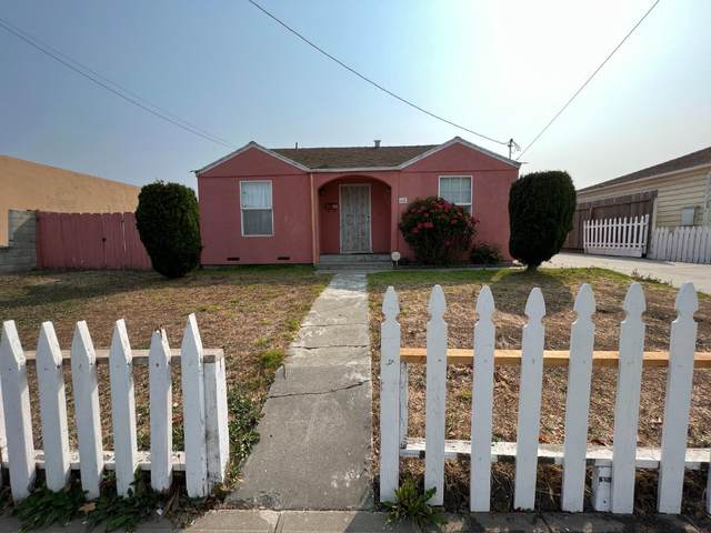 68 N Filice St, Salinas, CA 93905 (#ML81865096) :: The Kulda Real Estate Group