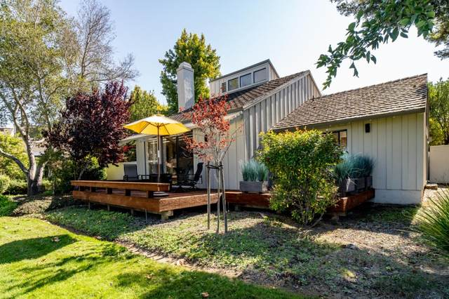 9564 Oak Ct, Carmel, CA 93923 (#ML81865315) :: The Kulda Real Estate Group