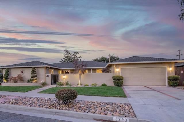 2228 Gundersen Dr, San Jose, CA 95125 (#ML81866804) :: Real Estate Experts