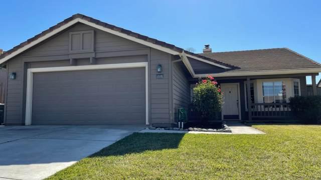 2121 Spruce Dr, Hollister, CA 95023 (#ML81867122) :: The Kulda Real Estate Group