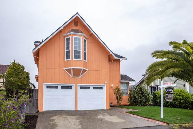 155 Francisco St, El Granada, CA 94018 (#ML81867514) :: The Kulda Real Estate Group