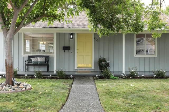 2324 Santa Ana St, Palo Alto, CA 94303 (#ML81867566) :: The Kulda Real Estate Group