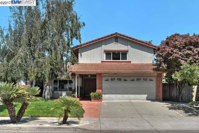38920 Hayes, Fremont, CA 94536 (#BE40793629) :: Carrington Real Estate Services