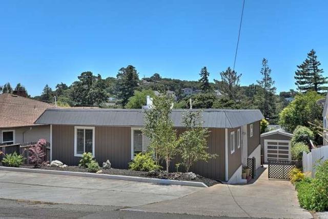 1907 Lyon Ave, Belmont, CA 94002 (#ML81654798) :: The Gilmartin Group