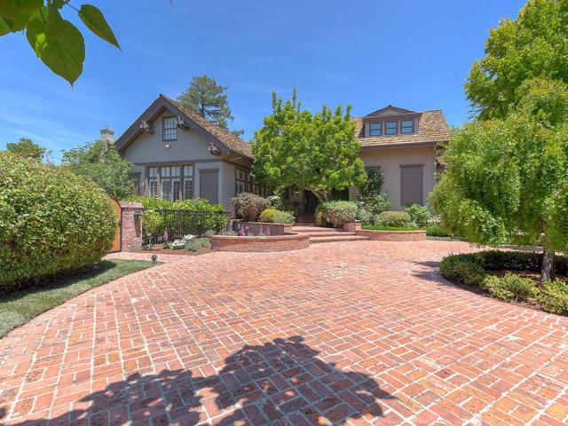 820 Hillsborough Blvd, Hillsborough, CA 94010 (#ML81656322) :: The Kulda Real Estate Group