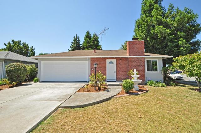 202 E Hemlock Ave, Sunnyvale, CA 94085 (#ML81656915) :: Brett Jennings Real Estate Experts