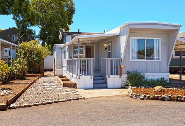 220 Mar Vista Dr 36, Aptos, CA 95003 (#ML81667991) :: Michael Lavigne Real Estate Services