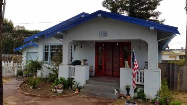 219 Valencia Ave, Aptos, CA 95003 (#ML81676447) :: Michael Lavigne Real Estate Services