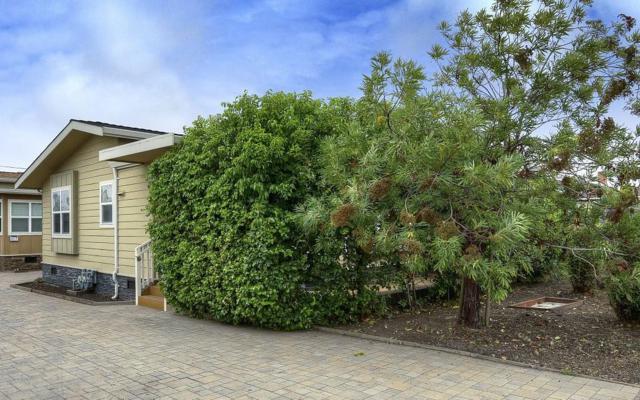 615 Poplar St, Half Moon Bay, CA 94019 (#ML81677370) :: The Kulda Real Estate Group