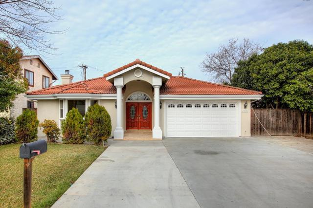 19171 Phil Ln, Cupertino, CA 95014 (#ML81689232) :: The Goss Real Estate Group, Keller Williams Bay Area Estates