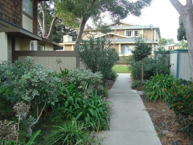 1787 Cherokee Dr 2, Salinas, CA 93906 (#ML81689693) :: The Kulda Real Estate Group
