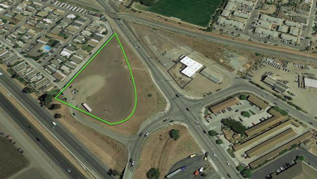 980 Front St, Soledad, CA 93960 (#ML81691422) :: The Dale Warfel Real Estate Network