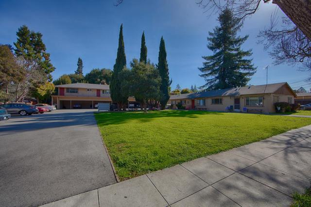 261 Oak St, Mountain View, CA 94041 (#ML81692002) :: The Kulda Real Estate Group
