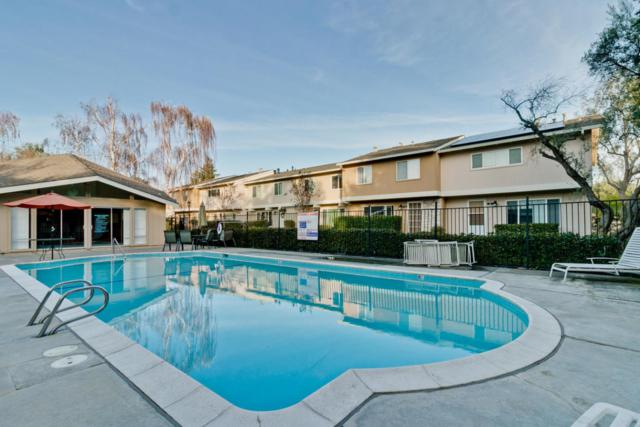 25 Comstock Queen Ct, Mountain View, CA 94043 (#ML81693476) :: The Kulda Real Estate Group