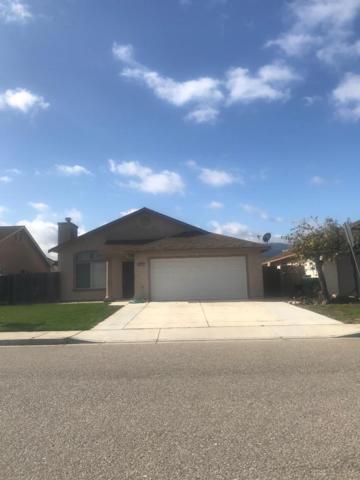 300 Goldenrod St, Soledad, CA 93960 (#ML81693569) :: The Kulda Real Estate Group