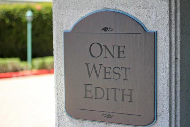 1 W Edith Ave D220, Los Altos, CA 94022 (#ML81694392) :: von Kaenel Real Estate Group