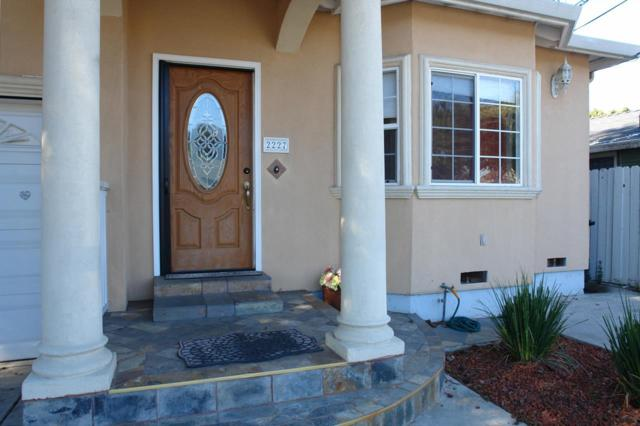 2227 Poplar Ave, East Palo Alto, CA 94303 (#ML81694398) :: von Kaenel Real Estate Group