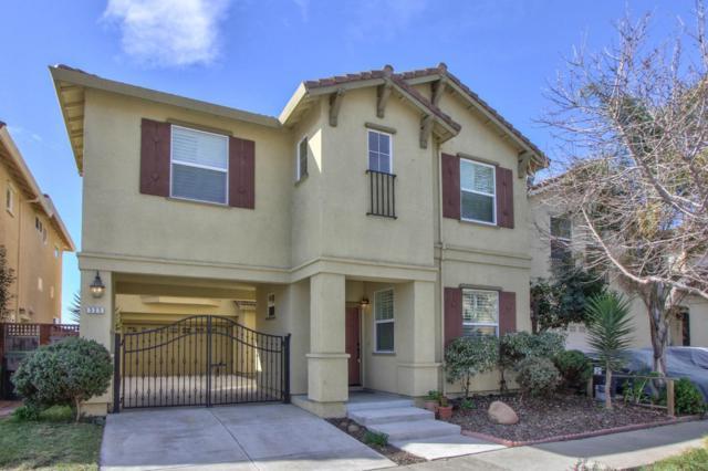 525 Secoya St, Watsonville, CA 95076 (#ML81695463) :: Intero Real Estate