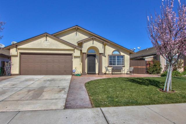 245 Rockrose St, Soledad, CA 93960 (#ML81696063) :: The Dale Warfel Real Estate Network
