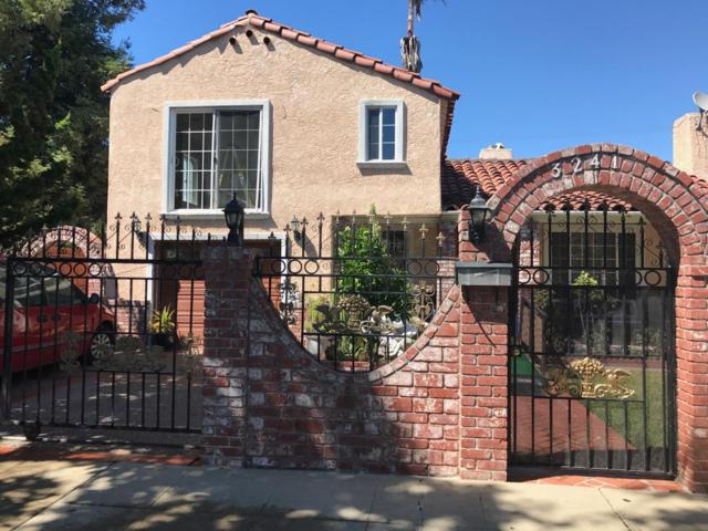3241 Hoover St, Redwood City, CA 94063 (#ML81696126) :: The Dale Warfel Real Estate Network