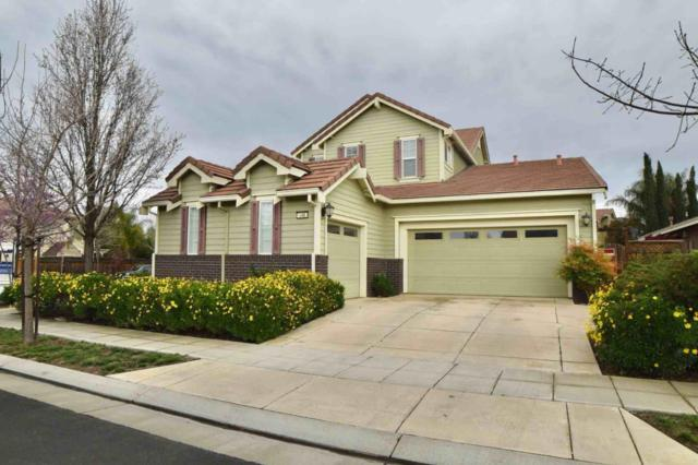 146 N Menlo Park St, Mountain House, CA 95391 (#ML81696637) :: The Dale Warfel Real Estate Network