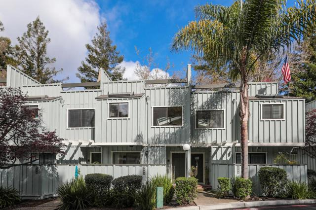2062 Wharf Rd, Capitola, CA 95010 (#ML81696773) :: The Dale Warfel Real Estate Network