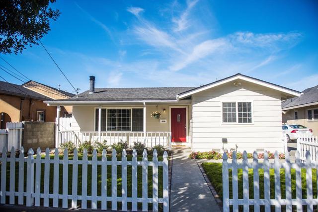 1036 San Benito St, Hollister, CA 95023 (#ML81697019) :: The Dale Warfel Real Estate Network
