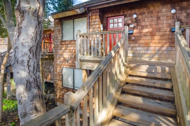 122 Mountain View Ave, Santa Cruz, CA 95062 (#ML81697066) :: The Kulda Real Estate Group