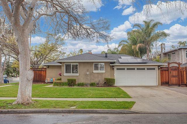 2441 Carlton Ave, San Jose, CA 95124 (#ML81697257) :: The Dale Warfel Real Estate Network