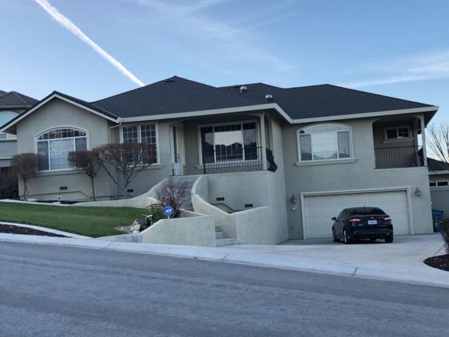 1179 Oak Creek Dr, Hollister, CA 95023 (#ML81697816) :: The Kulda Real Estate Group