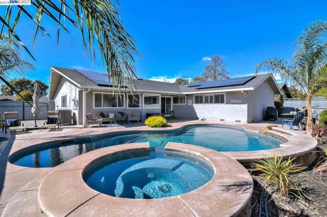 1092 Geneva St, Livermore, CA 94550 (#BE40841583) :: Julie Davis Sells Homes
