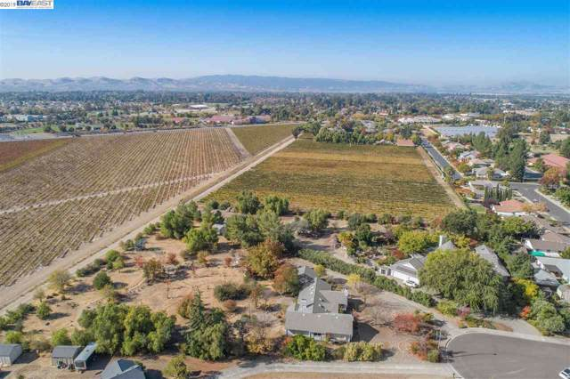 1637 Radcliffe Rd., Livermore, CA 94550 (#BE40888216) :: The Realty Society