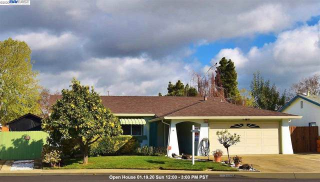 34256 Thornhill Pl., Fremont, CA 94555 (#BE40892517) :: The Realty Society